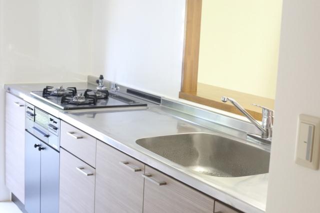 台所の換気ダクト清掃によりキッチン周りの嫌な臭いを除去