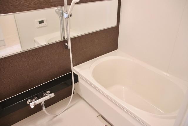 浴室・トイレの換気ダクト清掃