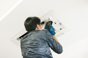 エアコン修理・メンテナンス・フロン点検